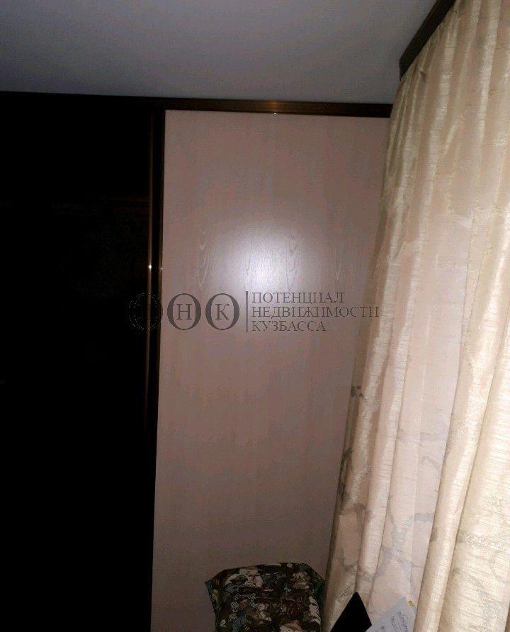 Продам 2-комн. квартиру по адресу Россия, Кемеровская область, Кемерово, ул. Юрия Двужильного,24/2 фото 2 по выгодной цене