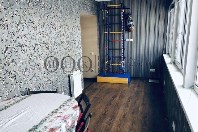 Продам 4-комн. квартиру по адресу Россия, Кемеровская область, Кемерово, ул. Сибиряков-Гвардейцев,18а фото 6 по выгодной цене