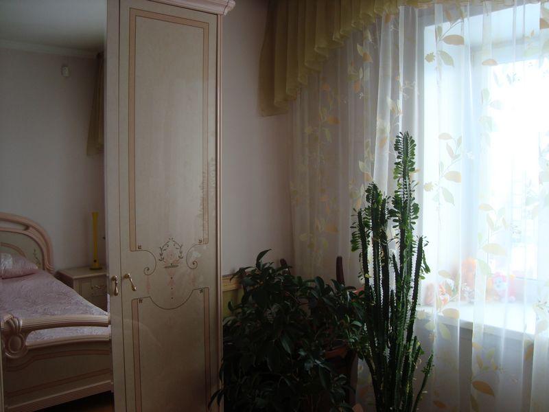Продам 2-комн. квартиру по адресу Россия, Кемеровская область, Кемерово, ул. Свободы,6 фото 4 по выгодной цене