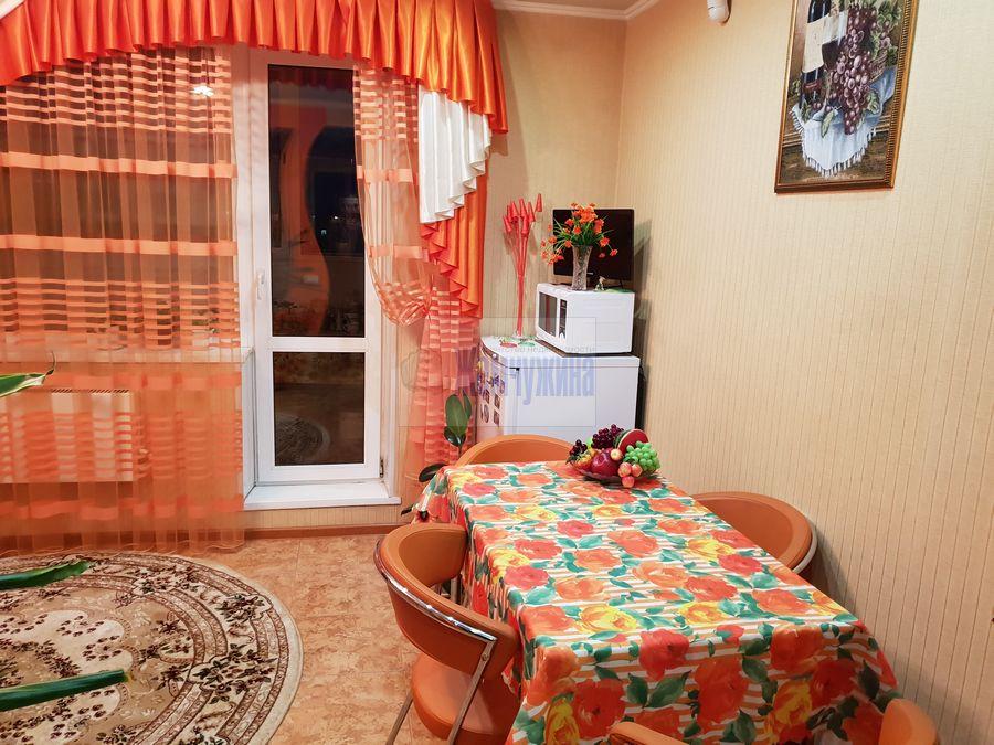 Продам 2-комн. квартиру по адресу Россия, Кемеровская область, Кемерово, ул. Александрова,2 фото 1 по выгодной цене
