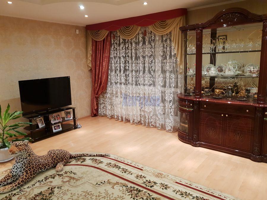 Продам 2-комн. квартиру по адресу Россия, Кемеровская область, Кемерово, ул. Александрова,2 фото 7 по выгодной цене
