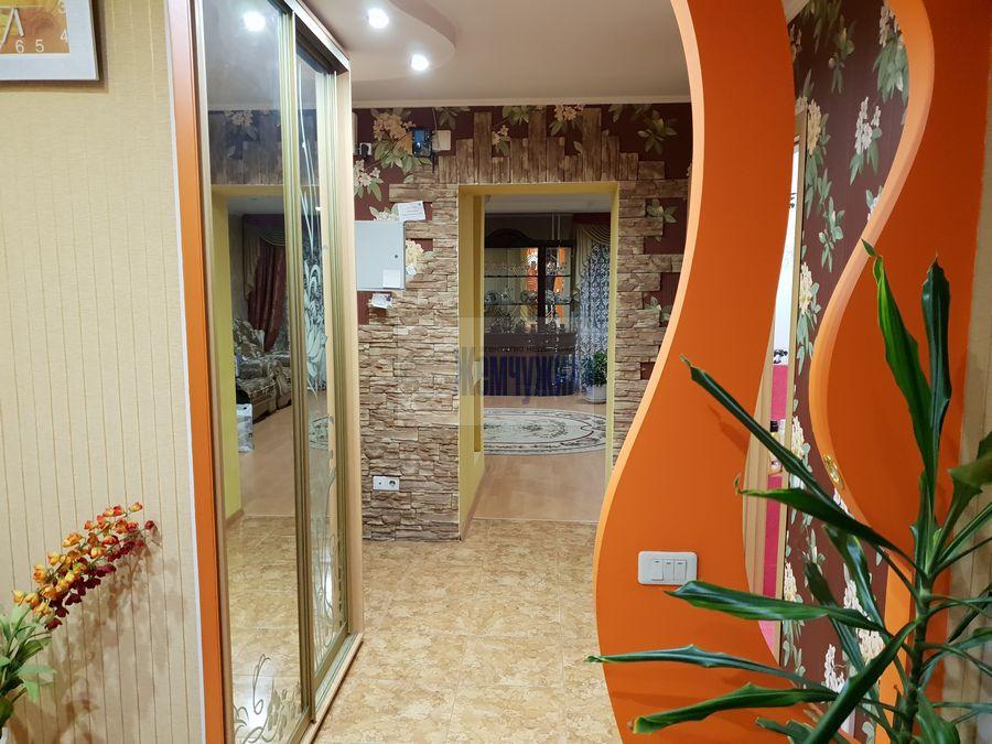 Продам 2-комн. квартиру по адресу Россия, Кемеровская область, Кемерово, ул. Александрова,2 фото 12 по выгодной цене