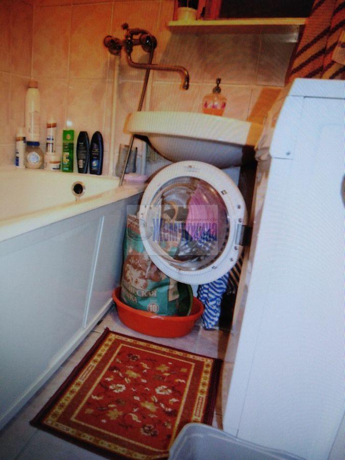 Продам 3-комн. квартиру по адресу Россия, Кемеровская область, Кемерово, ул. Ворошилова,11 фото 6 по выгодной цене