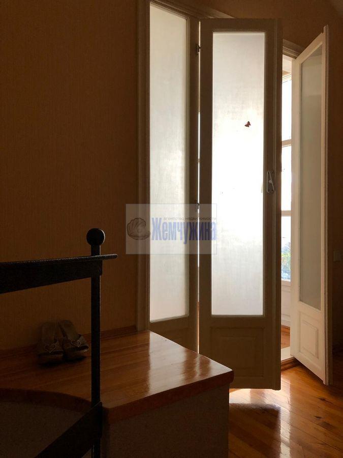 Продам 4-комн. квартиру по адресу Россия, Кемеровская область, Кемерово, пр-кт Ленина,98а фото 1 по выгодной цене