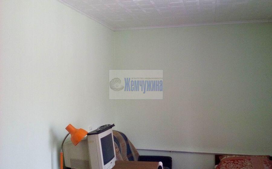 Продам 3-комн. квартиру по адресу Россия, Кемеровская область, Кемерово, ул. Тайгинская,8а фото 1 по выгодной цене