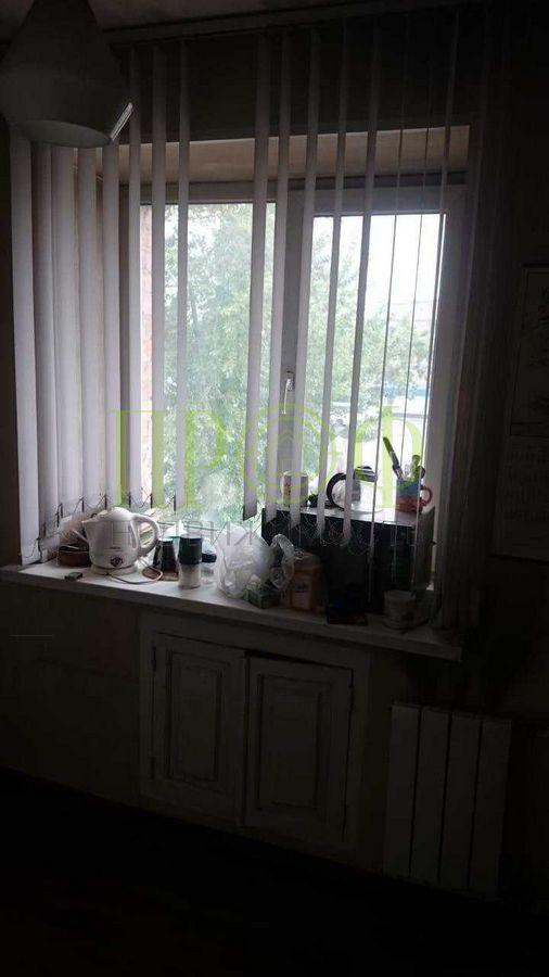 Продам 2-комн. квартиру по адресу Россия, Кемеровская область, Кемерово, пр-кт Кузнецкий,98 фото 4 по выгодной цене
