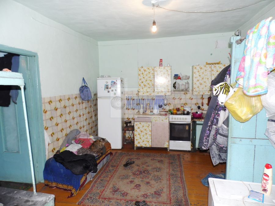 Продам дом с участком по адресу Россия, Кемеровская область, Березовский, ул. Октябрьская фото 4 по выгодной цене