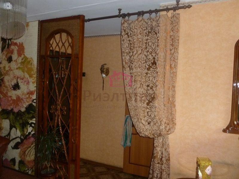 Продам 2-комн. квартиру по адресу Россия, Кемеровская область, Новокузнецк, ул. Ватутина,8 фото 8 по выгодной цене