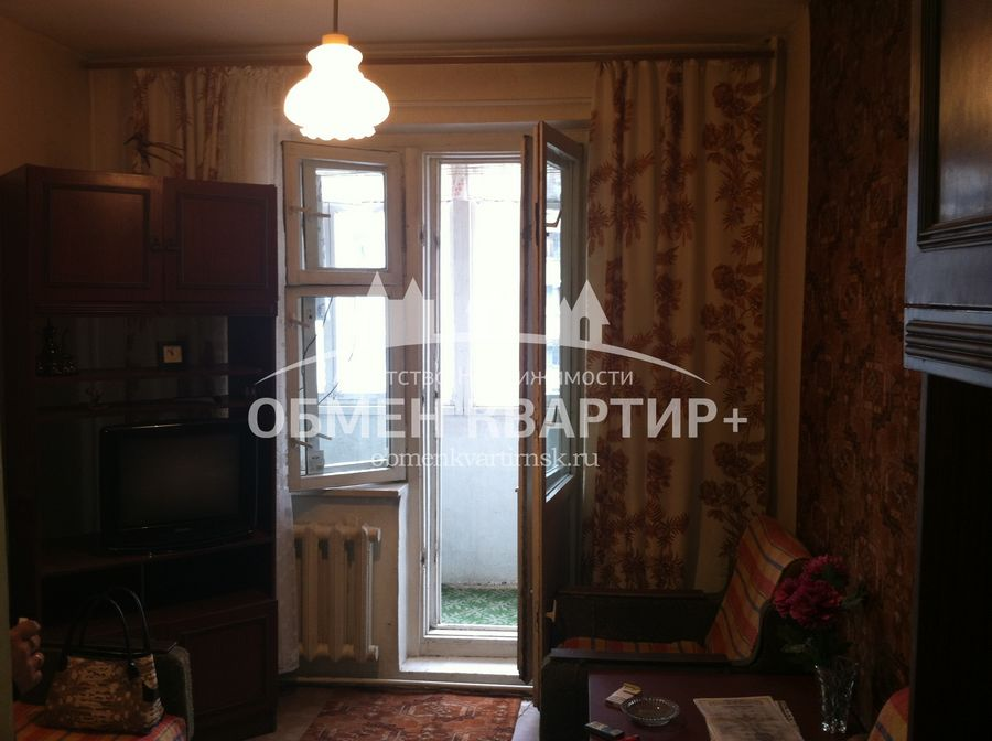 Продам 1-комн. квартиру по адресу Россия, Новосибирская область, Новосибирск, ул. Палласа,3 фото 2 по выгодной цене