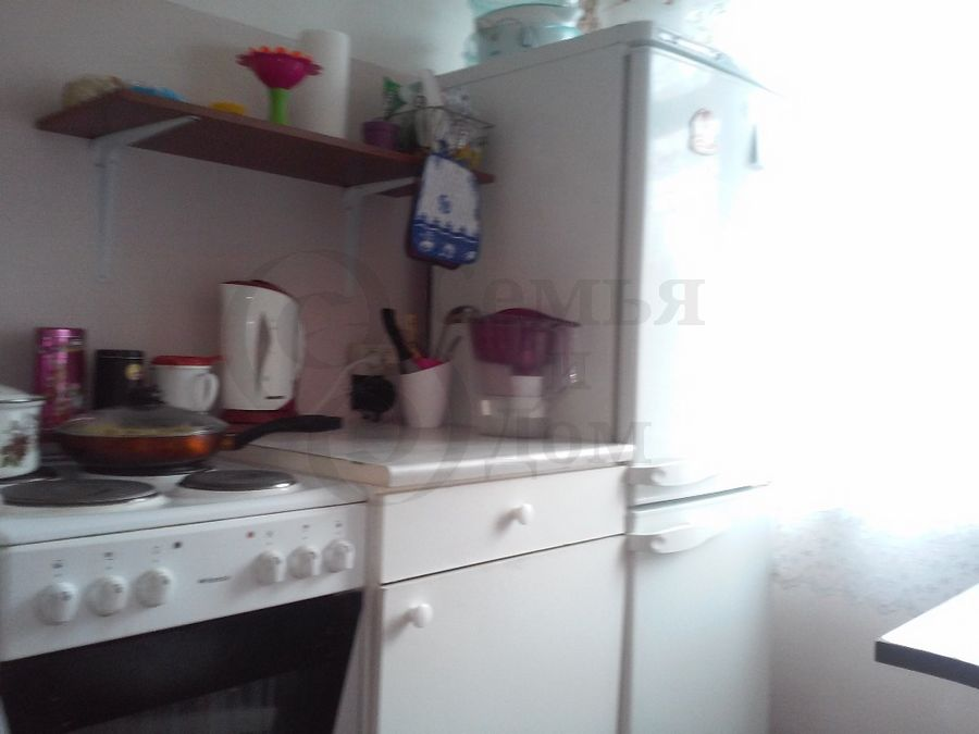 Продам 2-комн. квартиру по адресу Россия, Новосибирская область, Новосибирск, ул. Толстого,234 фото 1 по выгодной цене