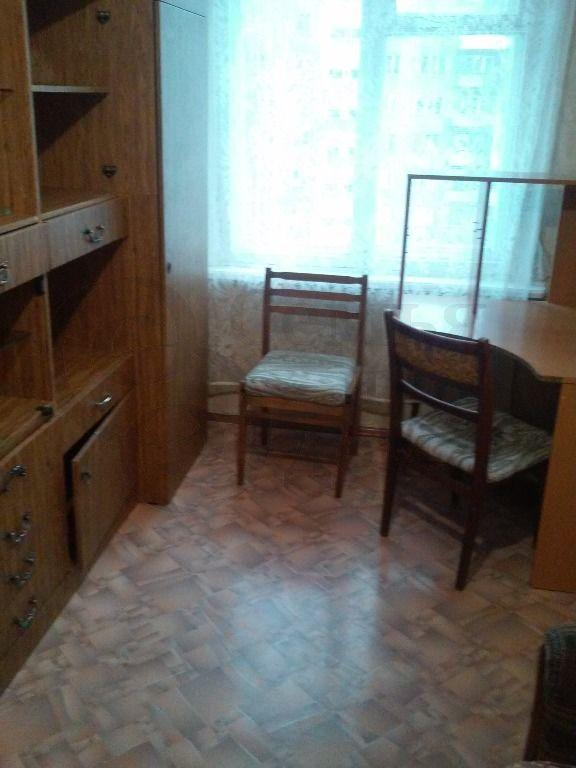 Продам 2-комн. квартиру по адресу Россия, Новосибирская область, Новосибирск, ул. Толстого,234 фото 2 по выгодной цене