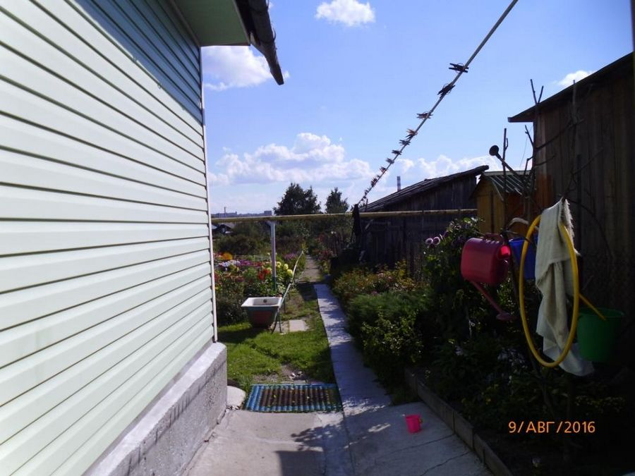 Продам дом с участком по адресу Россия, Новосибирская область, Новосибирск, ул. Шоссейная 2-я фото 1 по выгодной цене