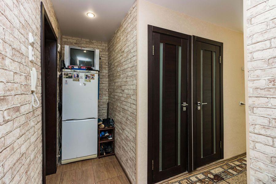 Продам 2-комн. квартиру по адресу Россия, Новосибирская область, Новосибирск, ул. Петухова,118 фото 7 по выгодной цене