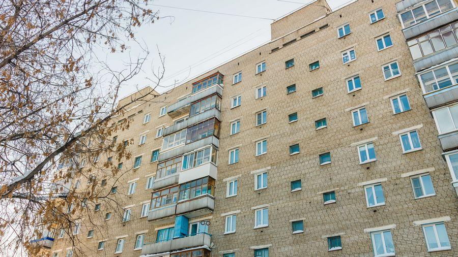 Продам 2-комн. квартиру по адресу Россия, Новосибирская область, Новосибирск, ул. Петухова,118 фото 14 по выгодной цене
