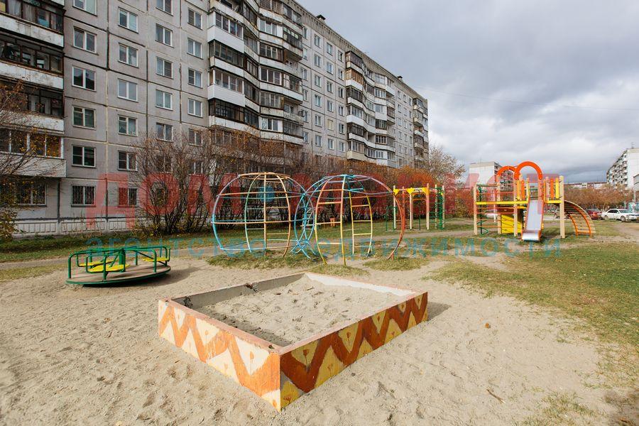 Продам 2-комн. квартиру по адресу Россия, Новосибирская область, Новосибирск, ул. Связистов,139 фото 2 по выгодной цене