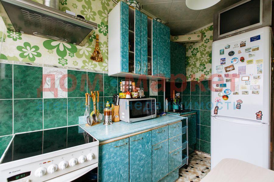 Продам 2-комн. квартиру по адресу Россия, Новосибирская область, Новосибирск, ул. Связистов,139 фото 16 по выгодной цене
