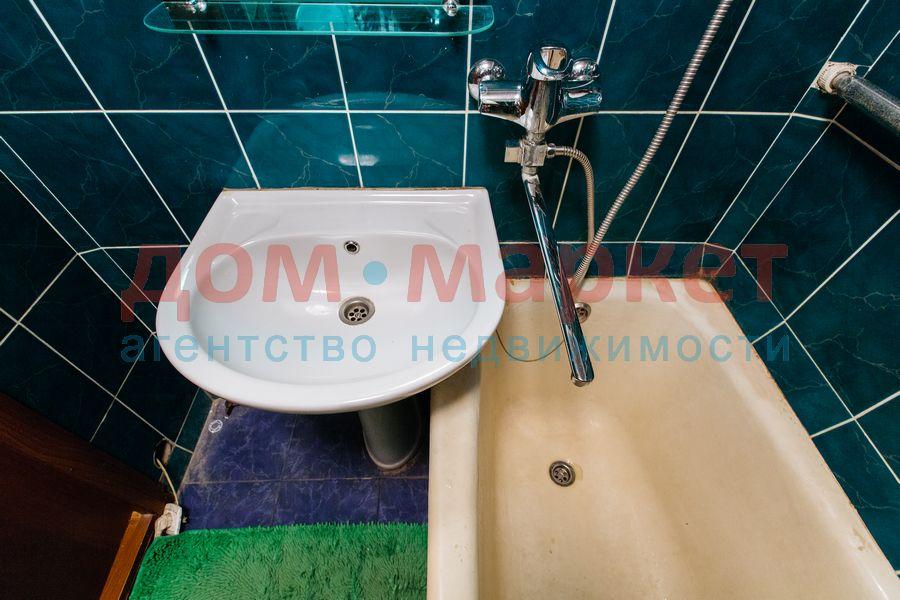 Продам 2-комн. квартиру по адресу Россия, Новосибирская область, Новосибирск, ул. Связистов,139 фото 19 по выгодной цене