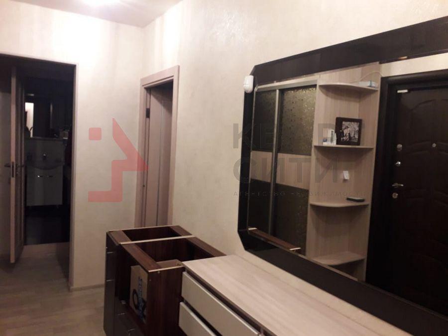 Продам 2-комн. квартиру по адресу Россия, Новосибирская область, Новосибирск, ул. Тихвинская,1 фото 0 по выгодной цене