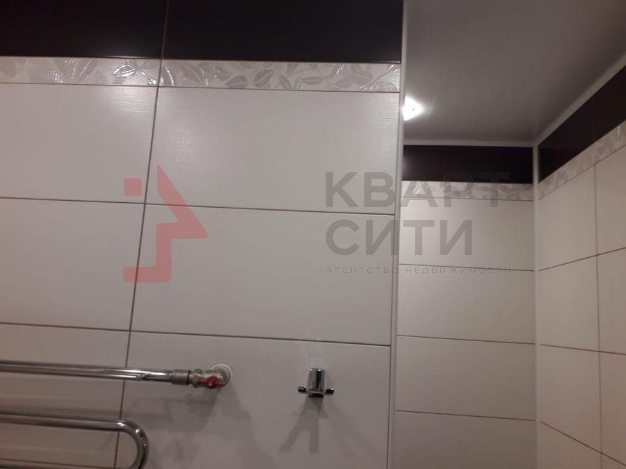 Продам 2-комн. квартиру по адресу Россия, Новосибирская область, Новосибирск, ул. Тихвинская,1 фото 6 по выгодной цене