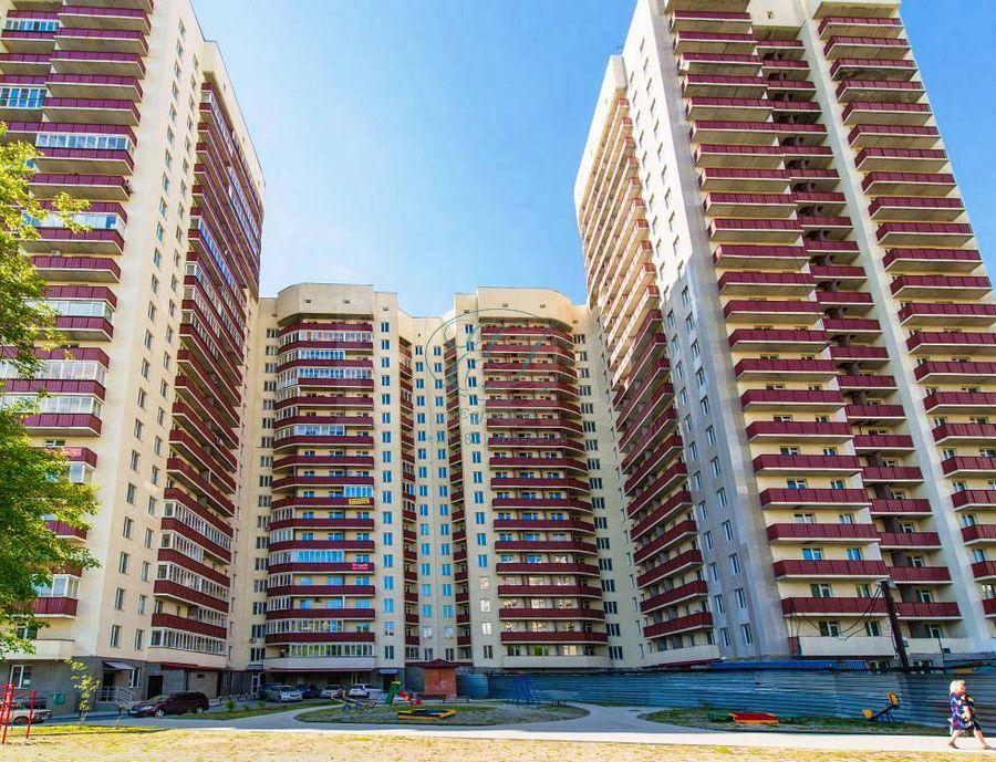 Продам 3-комн. квартиру по адресу Россия, Новосибирская область, Новосибирск, ул. Галущака,15 фото 13 по выгодной цене