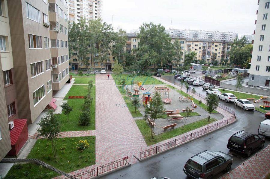 Продам 3-комн. квартиру по адресу Россия, Новосибирская область, Новосибирск, ул. Галущака,15 фото 18 по выгодной цене
