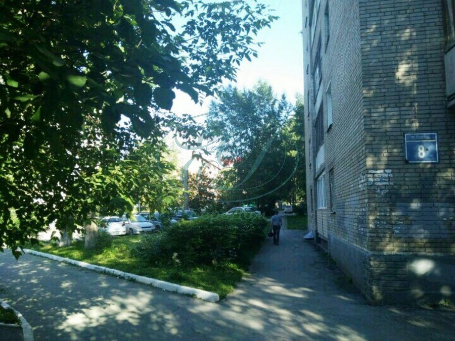 Продам 1-комн. квартиру по адресу Россия, Новосибирская область, Новосибирск, ул. Адриена Лежена,8 фото 0 по выгодной цене
