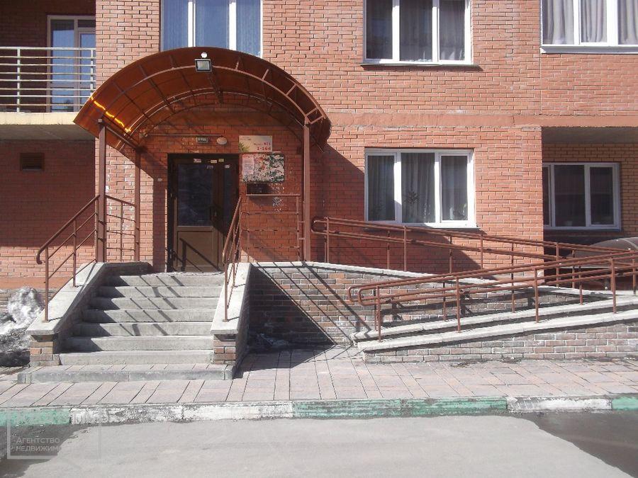 Продам 1-комн. квартиру по адресу Россия, Новосибирская область, Новосибирск, ул. Заречная,7 фото 4 по выгодной цене