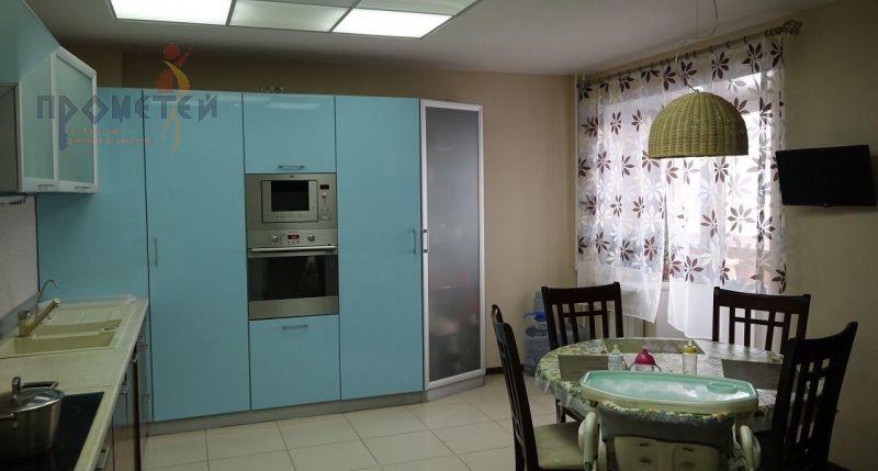 Зыряновская, 57, 3-к квартира
