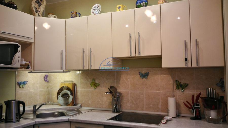 Продам 2-комн. квартиру по адресу Россия, Новосибирская область, Новосибирск, ул. Титова,236/2 фото 13 по выгодной цене