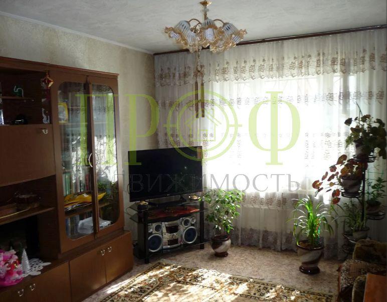 Продам 2-комн. квартиру по адресу Россия, Кемеровская область, Кемерово, ул. Рекордная,27 фото 4 по выгодной цене