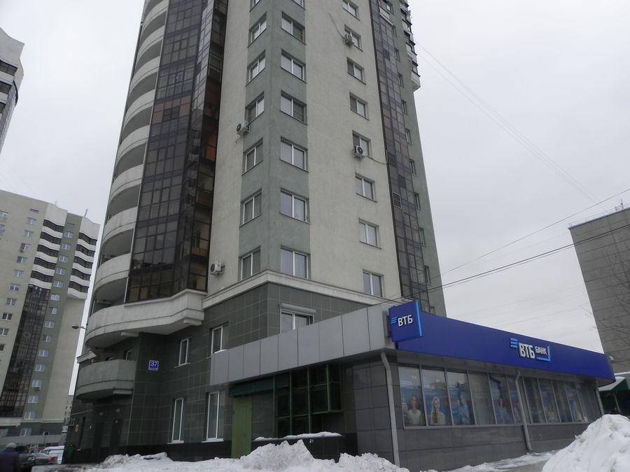Героев Революции, 37, 2-комнатная квартира