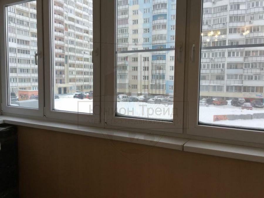 Продам 2-комн. квартиру по адресу Россия, Новосибирская область, Новосибирск, мкр. Горский,76 фото 8 по выгодной цене