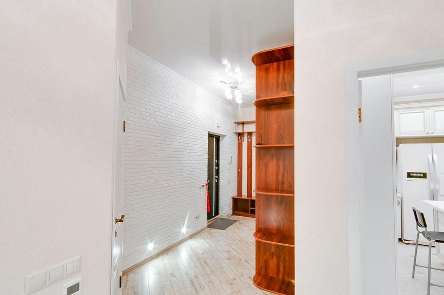 Продам 2-комн. квартиру по адресу Россия, Новосибирская область, Новосибирск, ул. Державина,77 фото 23 по выгодной цене