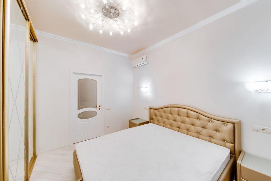 Продам 2-комн. квартиру по адресу Россия, Новосибирская область, Новосибирск, ул. Державина,77 фото 7 по выгодной цене