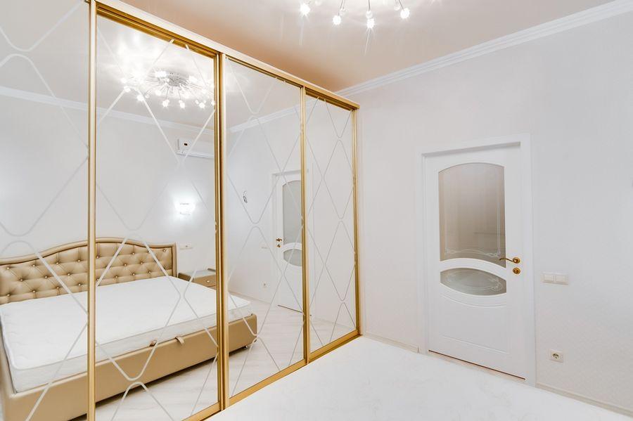 Продам 2-комн. квартиру по адресу Россия, Новосибирская область, Новосибирск, ул. Державина,77 фото 8 по выгодной цене