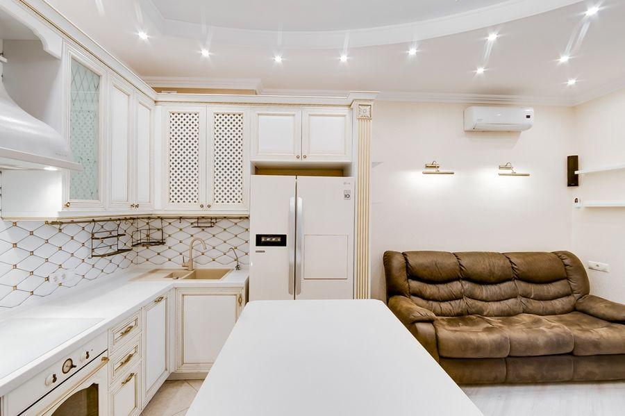 Продам 2-комн. квартиру по адресу Россия, Новосибирская область, Новосибирск, ул. Державина,77 фото 0 по выгодной цене