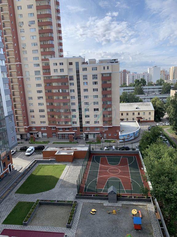 Продам 2-комн. квартиру по адресу Россия, Новосибирская область, Новосибирск, ул. Гоголя,40/1 фото 17 по выгодной цене