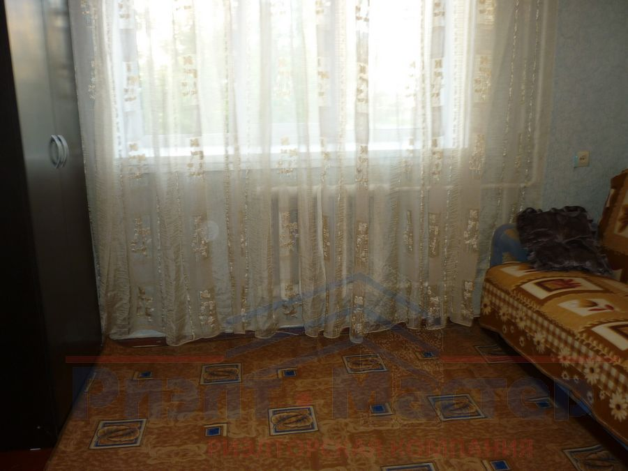 Сибиряков-Гвардейцев, 64, 1-комнатная квартира