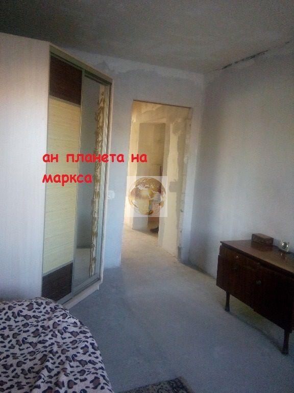 Героев Революции, 70, 3-к квартира
